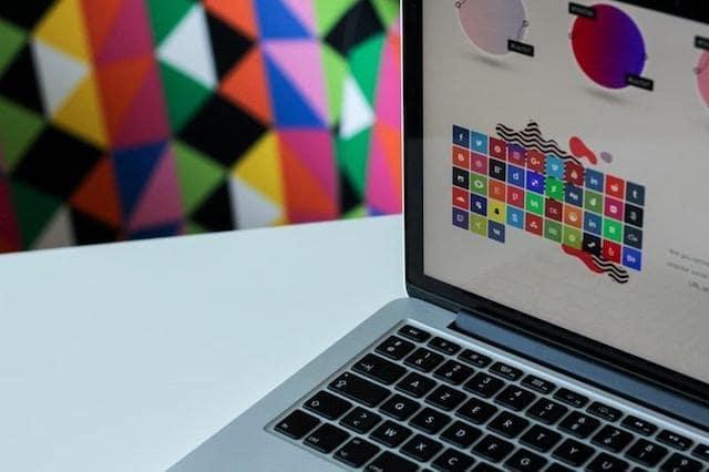 Closeup of a laptop screen