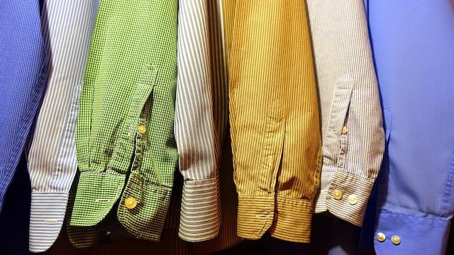 How to Develop a Website Row of Men's Shirts