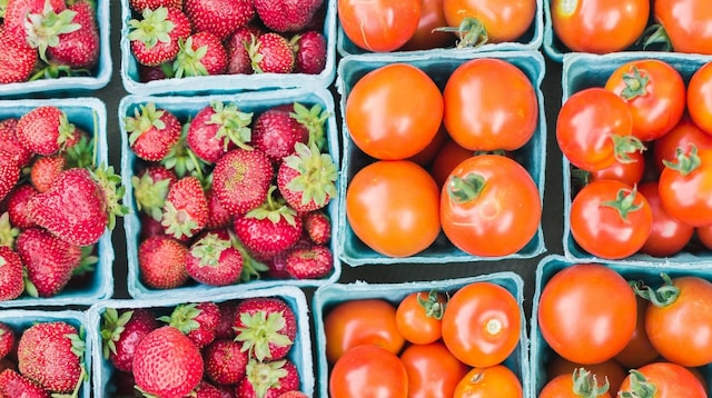 How to Increase Sales Tomatoes and Strawberries in Market