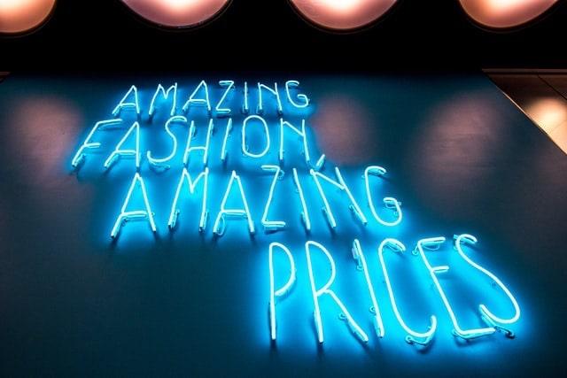 Amazing prices neon sign