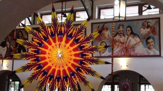 eCommerce Examples Diwali Decoration