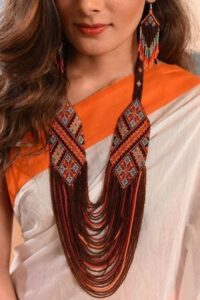 Lavish necklace